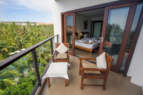 oceanviewdeluxesingle-balcony-hdr